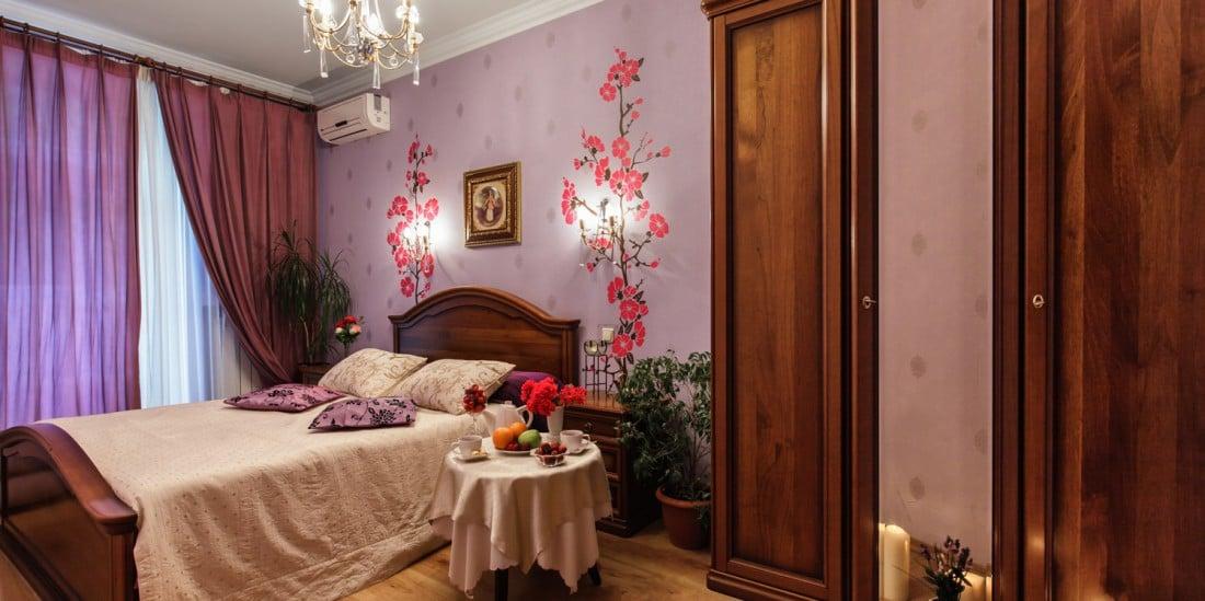 Телефоны отелей Киева Sherborne