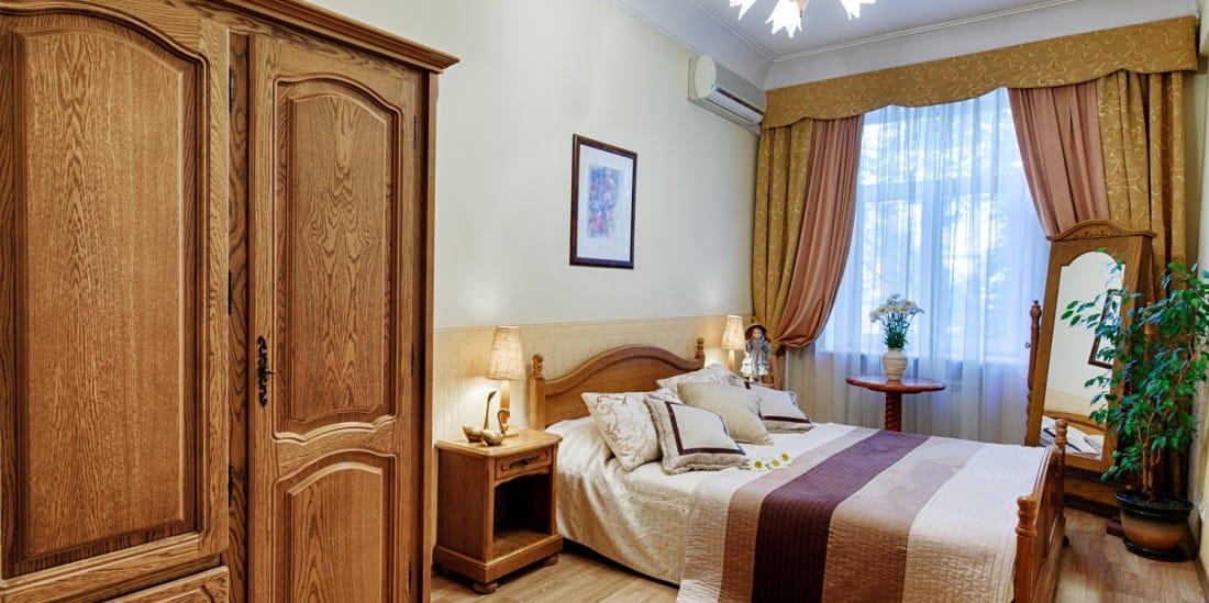 3 отели Киева Sherborne